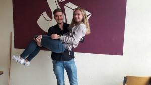 Die Schülersprecher Derk Bruns (Jg. 12) und Rieke Heykants (Jg. 11)